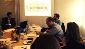 Die Themenpaten der Arbeitsgruppe Weiterbildung und Qualifizierung: Stefan Profit (links) und Lars Andresen (hinten rechts).
