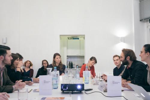 Die Teilnehmerinnen und Teilnehmer der Veranstaltung. Foto: DPZ